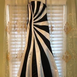 prom - homecoming - formal - strapless dress